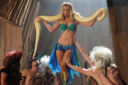 Britney Spears gets a tribute on Glee
