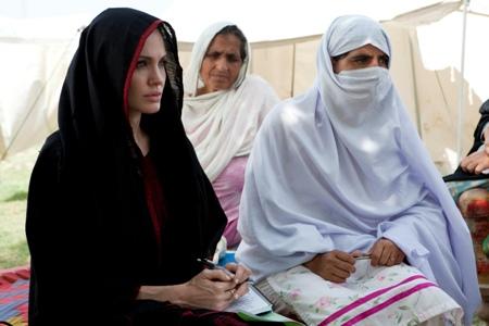 Angelina Jolie: Mercy mission