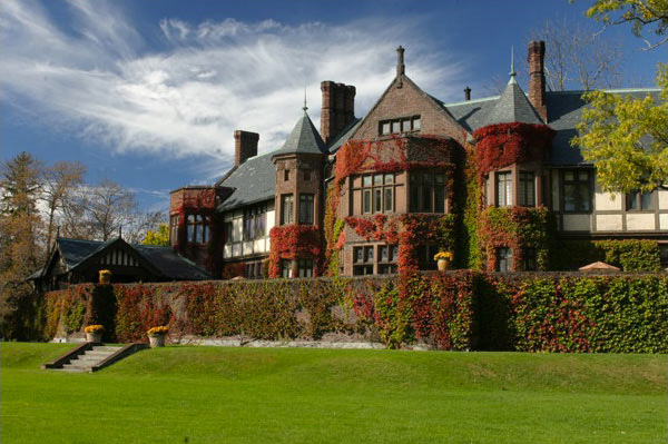Bed & Breakfasts fit for a queen