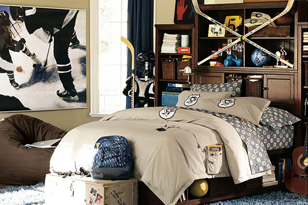 Boys Hockey Bedroom Ideas http://www.sheknows.com/videos/articles/817945/How-to-decorate-a-sports-themed-room