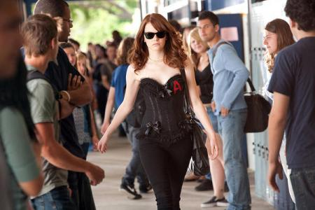 Emma Stone sizzles in Easy A