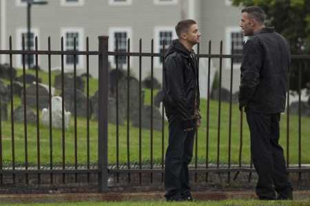 Jeremy Renner and Ben Affleck in The Town