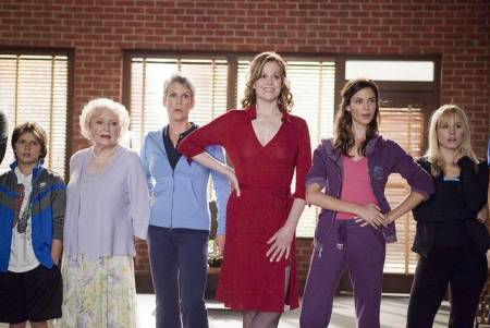 You Again stars Betty White, Jamie Lee Curtis, Sigourney Weaver, Odette Yustman and Kristen Bell
