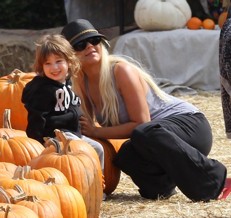 Halloween in Hollywood: Christina Aguilera and son Max