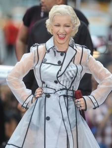 Christina Aguilera can't get out of bed