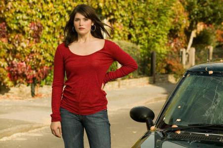 Gemma Arterton stars in Tamara Drewe