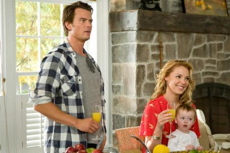 Josh Duhamel and Katherine Heigl in Life as We Know It