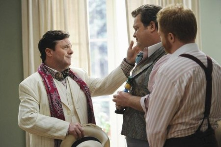 Nathan Lane visits Modern Family