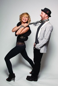 Sugarland: Watch out for Taylor Swift!