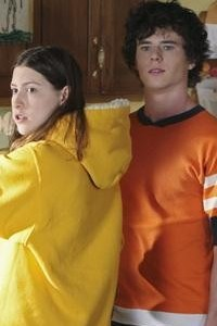 Eden Sher and Charlie McDermott