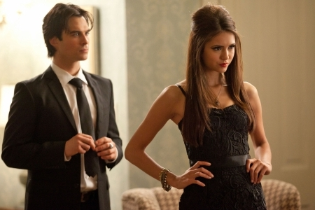 Vampire Diaries celebrates Halloween with a masquerade