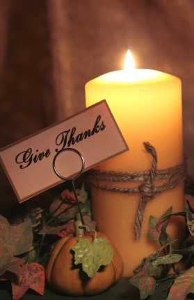 Give thanks fall candle