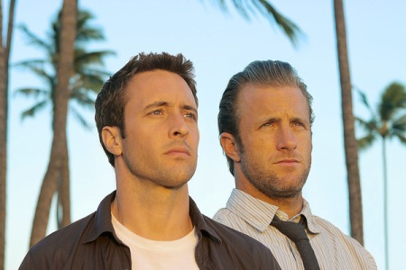 Alex O'Loughlin and Scott Caan in Hawaii Five-O