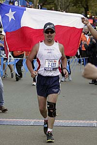 Chilean miner Edison Pena competed in 2010 NYC marathon