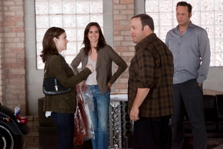 Winona Ryder, Jennifer Connolly, Kevin James and Vince Vaughn on The Dilemma set