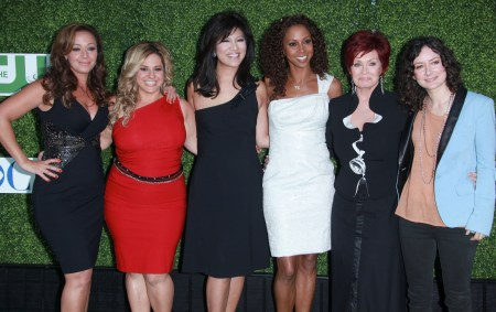 Holly Robinson Peete and the cast of The Talk