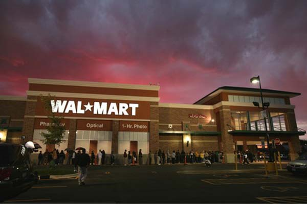 Wal-Mart is offering free shipping on items this holiday season