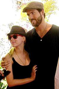 Behind Scarlett & Ryan's split