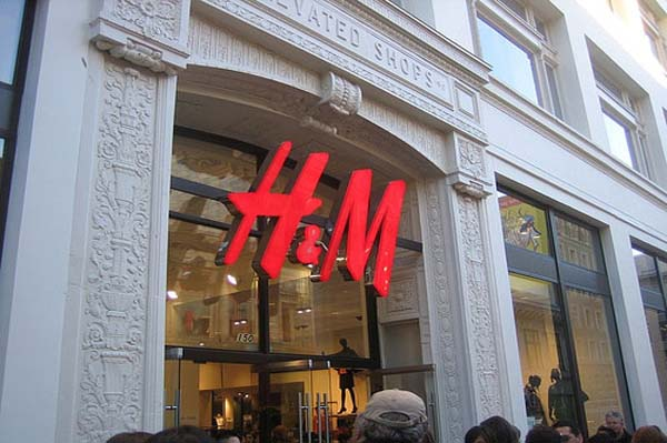 H&M launching online ordering