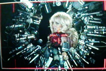 Britney Spears tweeted pic from Hold it Against Me video