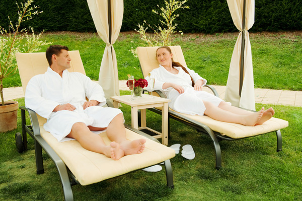 Eco friendly and organic food vacations for Spa weekend getaways for couples