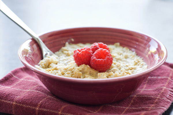 Otameal with raspberries