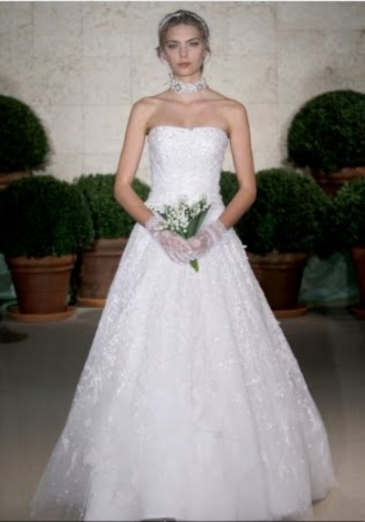 Oscar de la Renta bridal gown