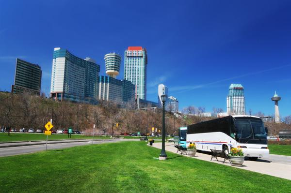 5 best US bus companies