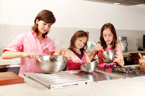 Valentine's day baking with kids
