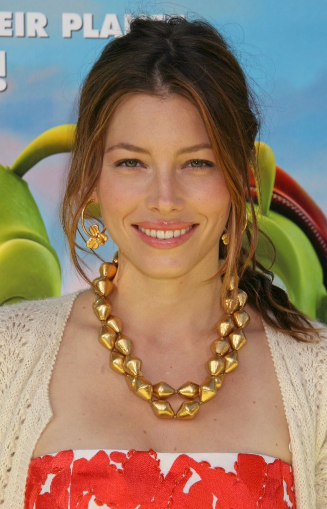 TOP 20 Hollywood's Celebrities Fashionable Ponytails Hairstyle 06 - Jessica Biel