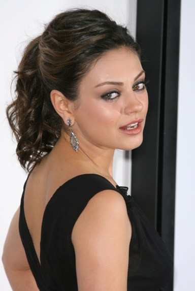 TOP 20 Hollywood's Celebrities Fashionable Ponytails Hairstyle 19 - Mila kunis