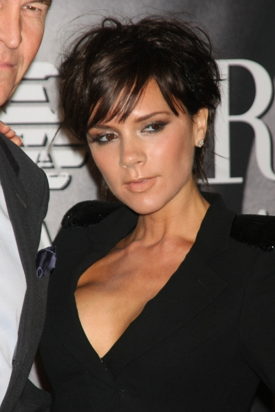 victoria beckham haircut 2010. This short easy to do shoulder