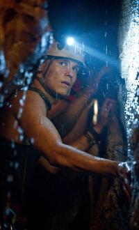 Rhys Wakefield in Sanctum