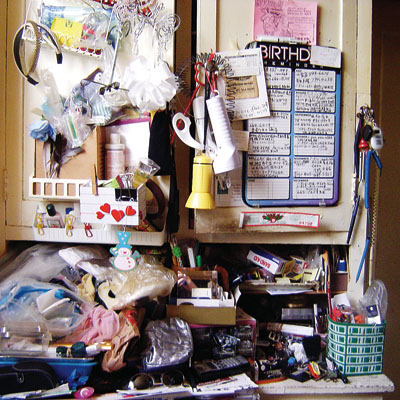 De-clutter and be free