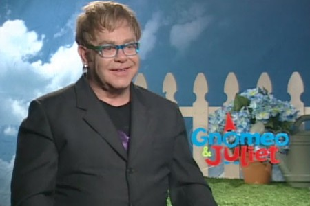 Elton John talks Gnomeo and Juliet