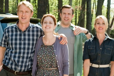 Owen Wilson, Jenna Fischer, Jason Sudeikis and Christina Applegate in Hall Pass