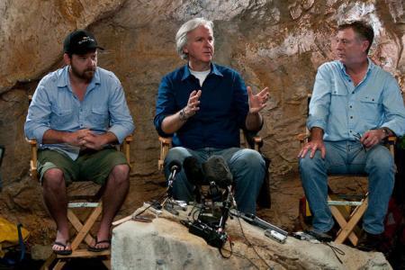 James Cameron in the set of Sanctum