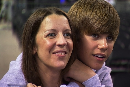 Justin Bieber and his mom ready for the MSG concert