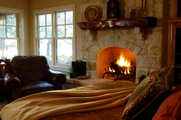 Romantic Bedroom with Fireplace 600 x 399