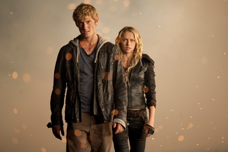 I Am Number Four stars Alex Pettyfer and Teresa Palmer