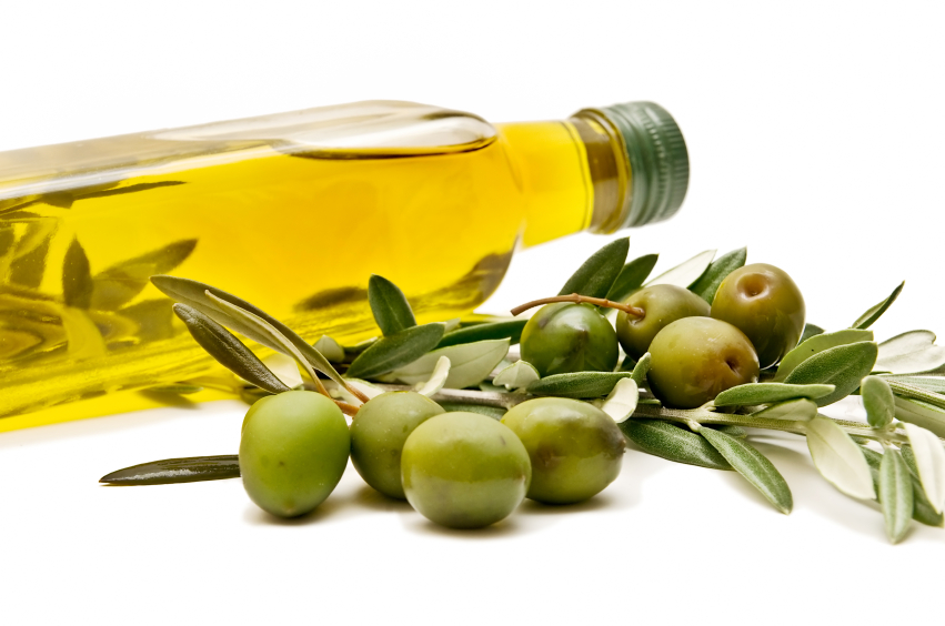Olive oil for superb beauty results