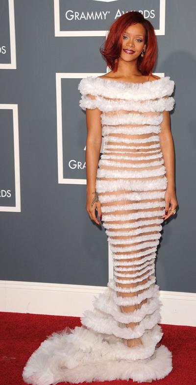 rihanna 2011 grammy dress. Rihanna - Grammys Rihanna