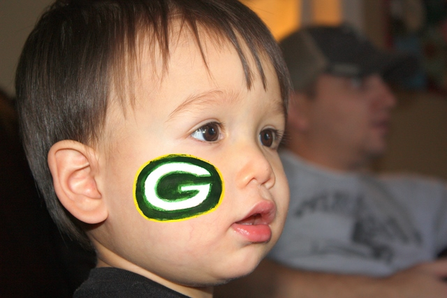 Super Bowl Face Painting: Packers and Steelers