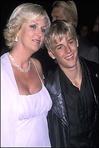 Aaron Carter fired mom Jane Carter