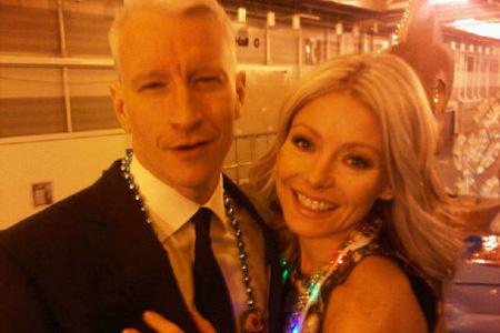 Anderson Cooper and Kelly Ripa at Mardi Gras