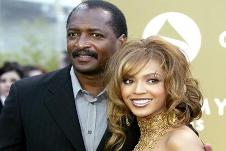 Beyonce fires dad as her manager