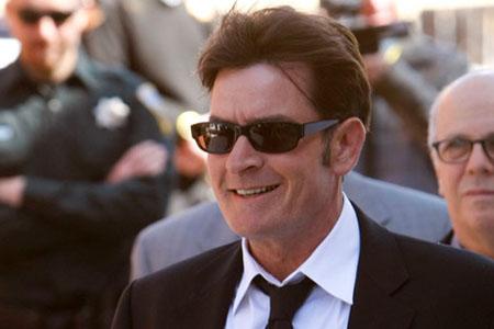 Warner Bros Charlie Sheen fired!