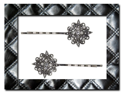 Decorative bobby pin