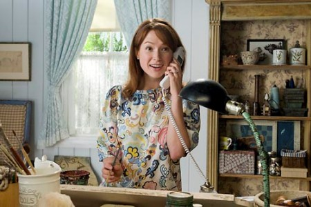 Ellie Kemper stars in the movie Bridesmaids