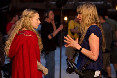 Amanda Seyfried and Catherine Hardwicke on the set of Red Riding Hood